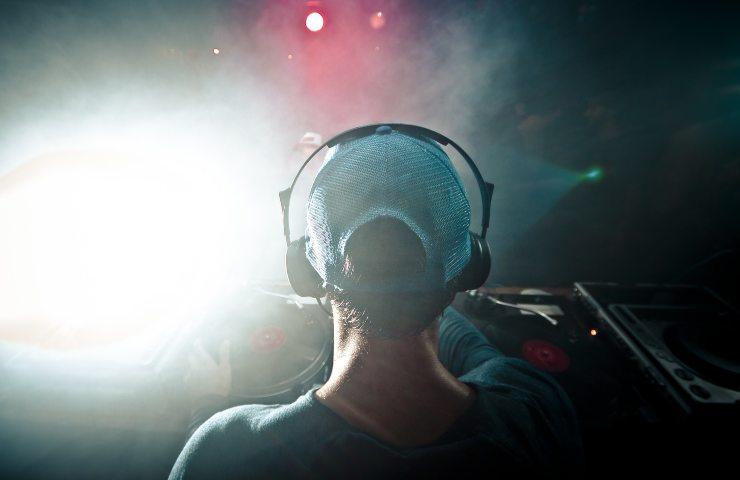 Discoteca, eventi test per permettere le riaperture