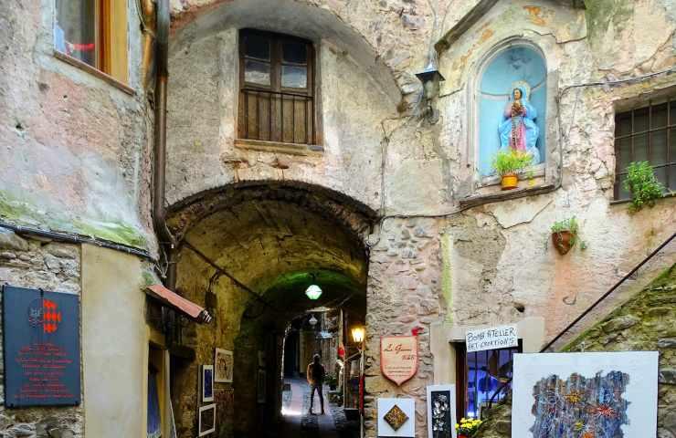 Borgo Dolceacqua (1