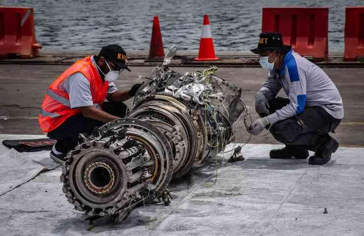 Disastri aerei, volo Lion Air 610: 189 vittime, 0 superstiti