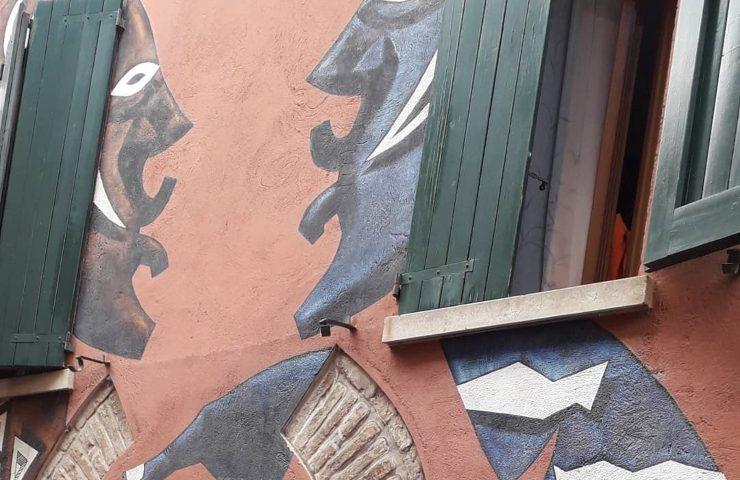 Murales due signore
