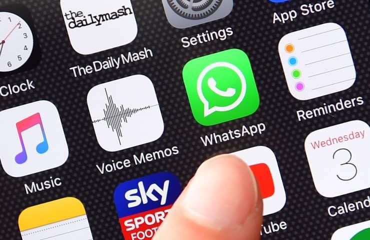 WhatsApp ascoltare messaggi vocali prima di inviarli
