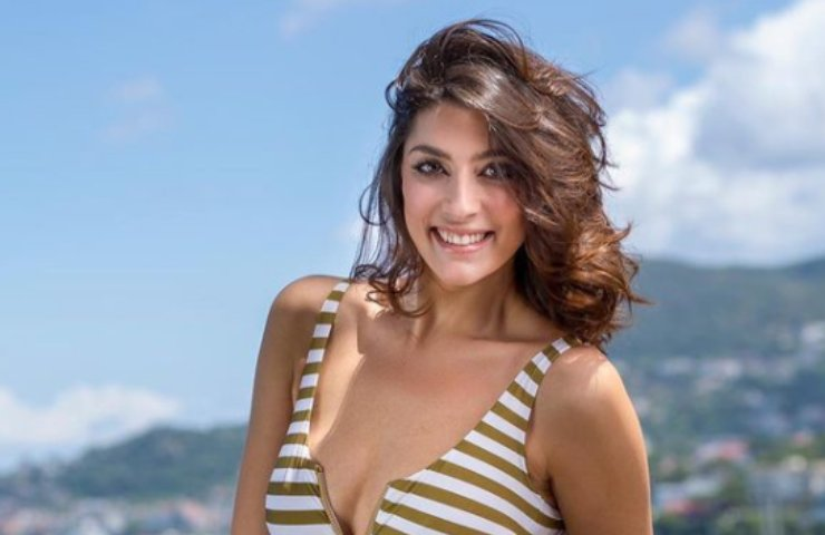 Elisa Isoardi vacanza Sardegna costume intero pazzesca foto