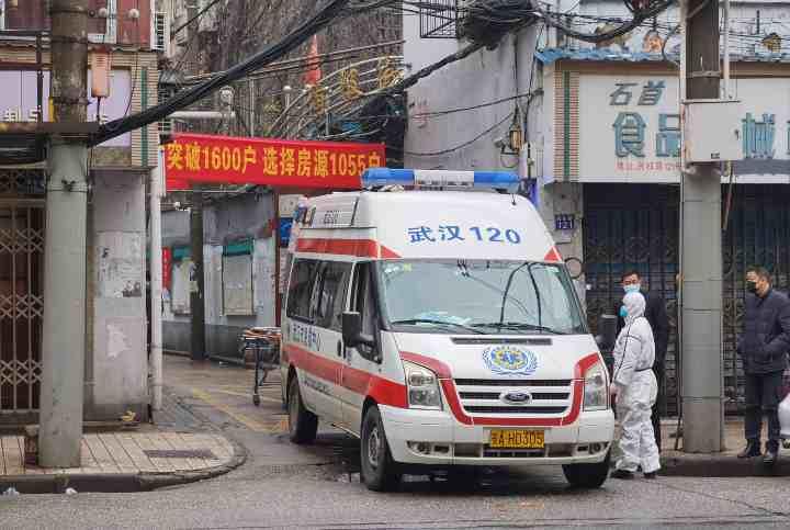 Cina, Crolla hotel in città: un morto e almeno 10 dispersi