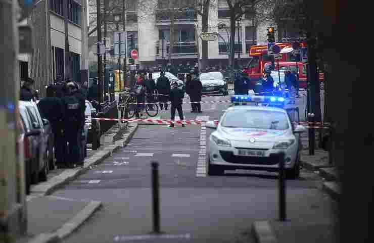 francia Scoppia la rissa: 19enne colpito a morte alla testa