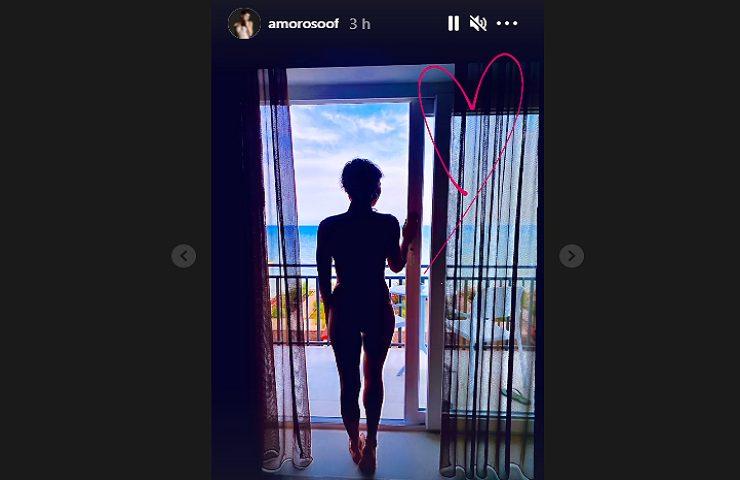 Alessandra Amoroso in penombra