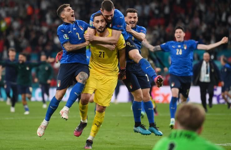 campione europa ingaggio Milan
