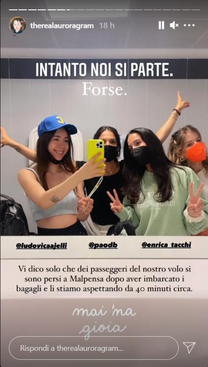 Aurora Ramazzotti disavventura volo verso Ibiza