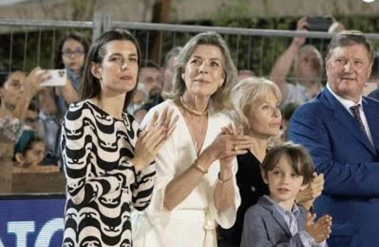 Charlotte, Carlonia e Raphael