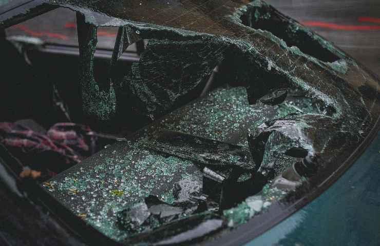 Incidente d'auto Treviso muore 48enne