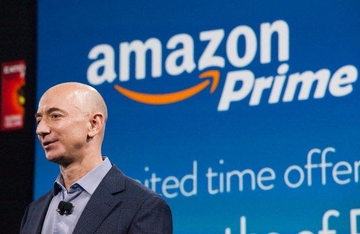 Jeff Bezos Amazon punti vendita fisici