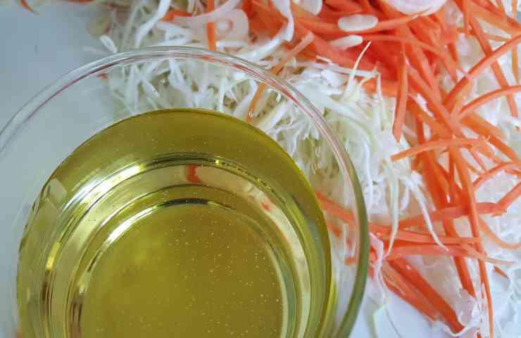 come creare olio abbronzante carote