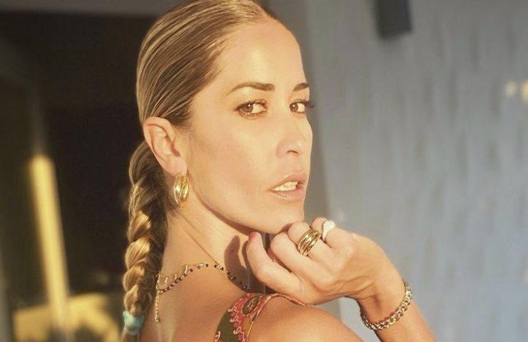 Elena Santarelli annuncio