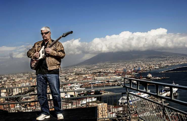 Pino Daniele Alive Mostra Mascalzone latino