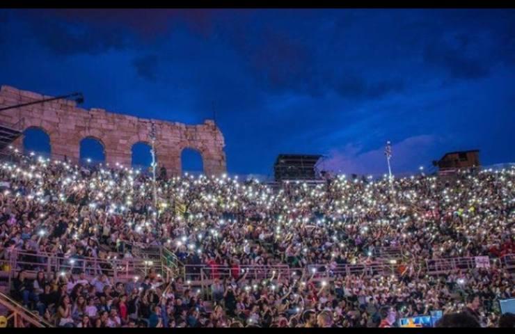 Pubblico de L'Arena di Verona