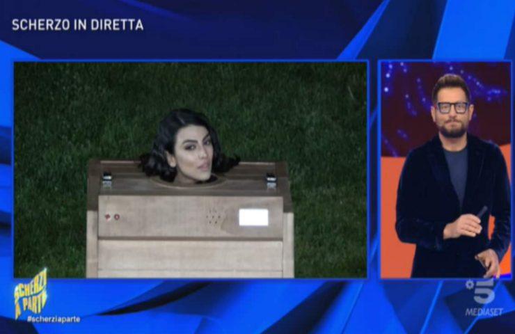 Scherzi a parte Giulia Salemi dettagli accaduto video