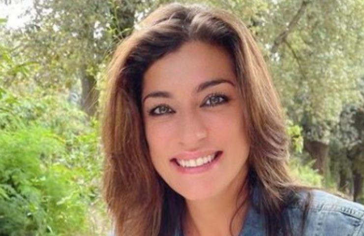 Elisa Isoardi ottobre regina madre