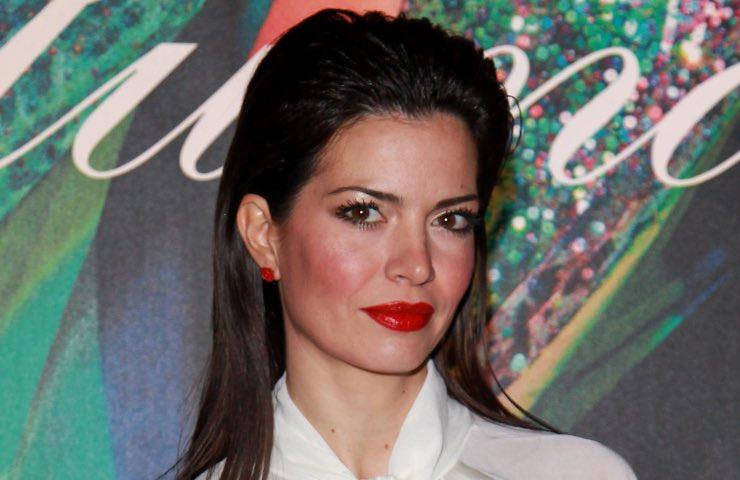 Laura Torrisi migliore posizione irresistibile